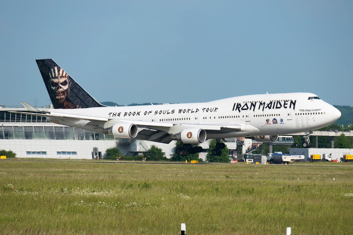 TF-AAK Air Atlanta Iceland Boeing 747-400