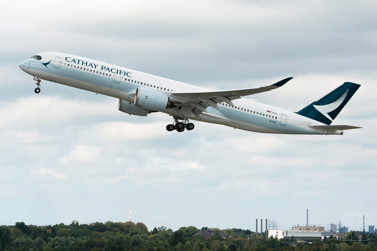 B-LRE Cathay Pacific Airbus A350-900