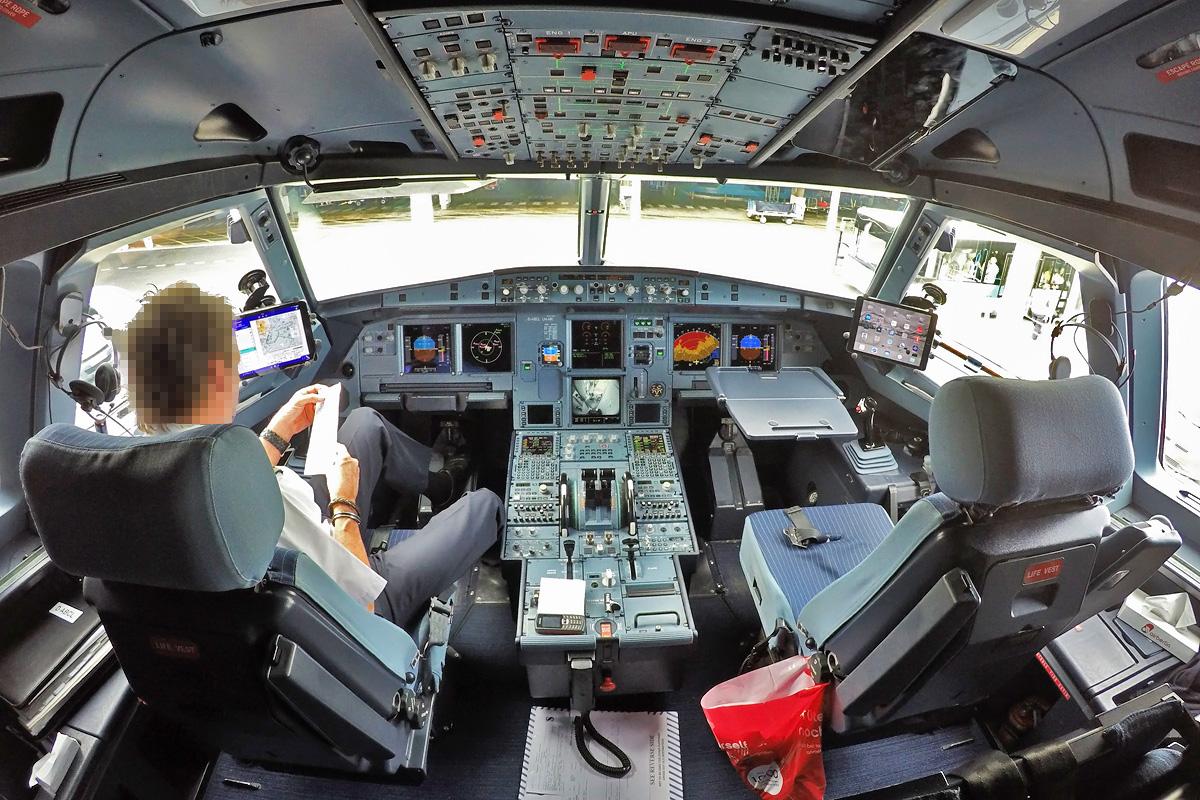 D-ABCL Air Berlin Airbus A321-200/S